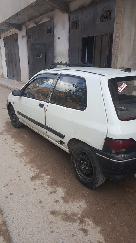 clio 1 ouedkniss