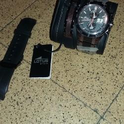 """une montre marque """"Lotus"""" version limitée ouedkniss"""